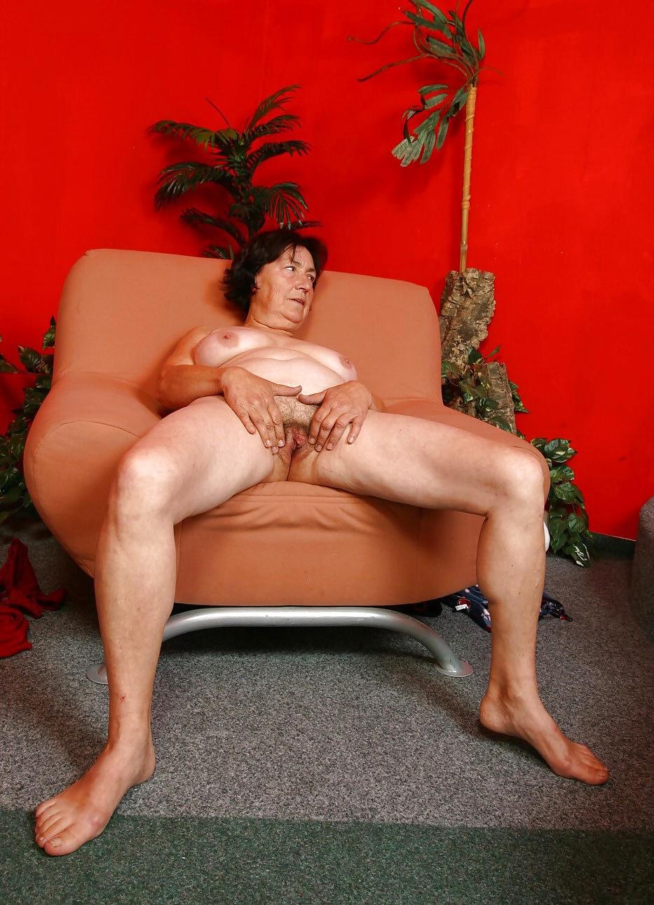 Анальное старше давалки порно фото